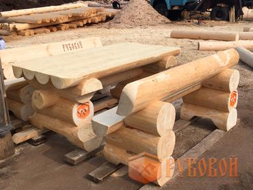 Мебель из бревна для дачи